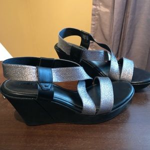 Like new cute wedges! Cliffs by white mountain.